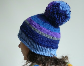 309aa0e2bd2 dark and pale blue knit hat