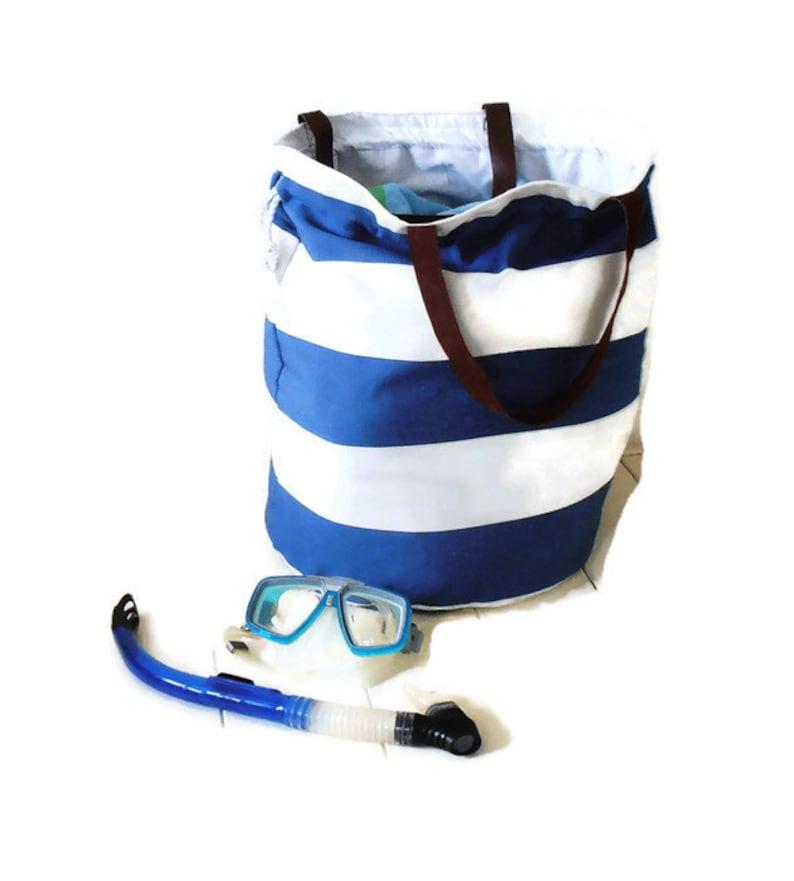 817882864b5 XL STRANDTAS blauw en wit XL tas leren hengsels vakantie | Etsy