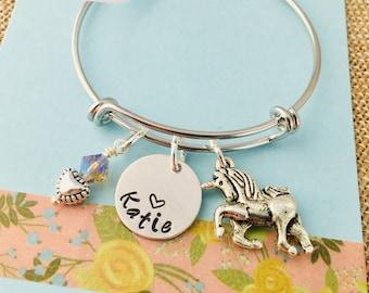 Unicorn Bracelet, Unicorn Name Bracelet, Little Girl Bracelet, Personalized Unicorn Bracelet, Little Girl Jewelry, Unicorn Charm,