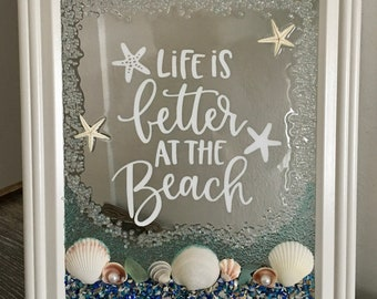 Life Is Good At The Beach  Seashell Frame
