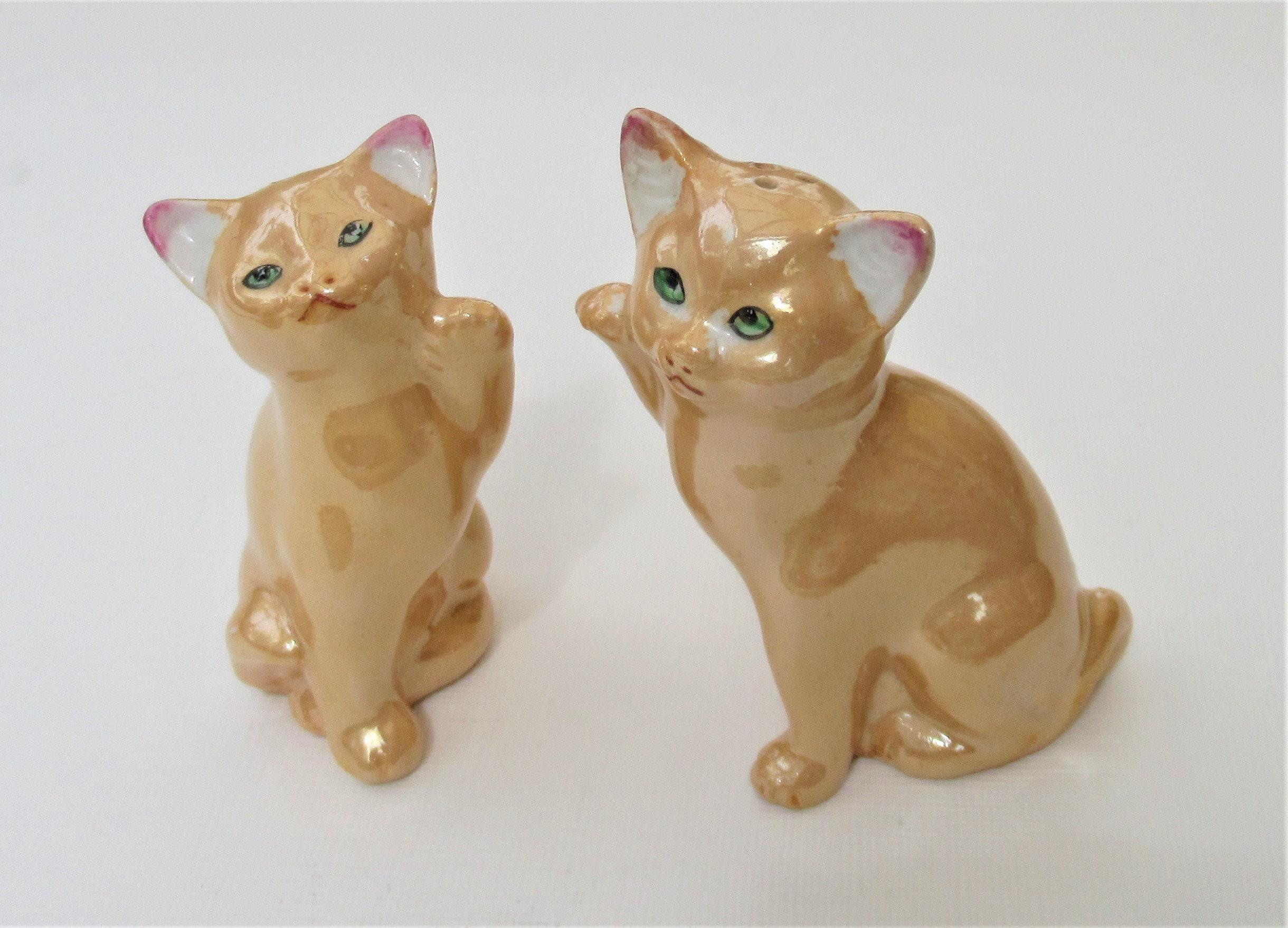 Cat Salt Pepper Shakers Peach Lustre Glaze Vintage Cute Kitsch Etsy
