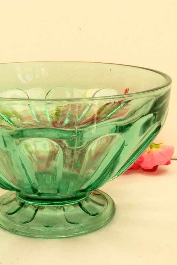 Glass footed bowl amethyst color for salad fruit flower
