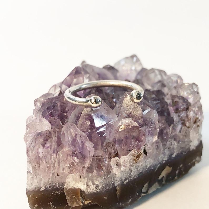 Barbell Midi Ring