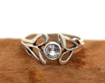 Kit Heath Real Sterling Silver Celtic Knot Blue Topaz Ring sz O 1/2 US 7 1/2 Sweetheart Birthday Christmas Gift for Her