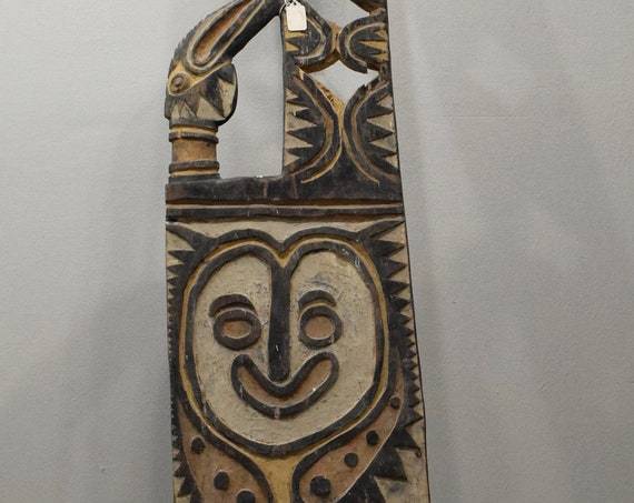 Papua New Guinea Old Carved Men's House Large Post 95""