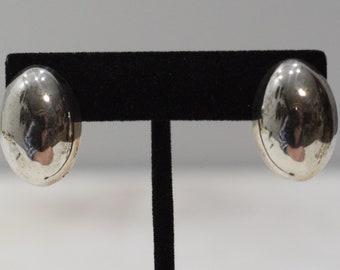 Earrings Oval Silver Clip Earrings