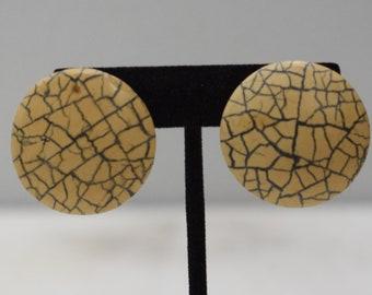 Earrings Crackle Wood Clip Earrings
