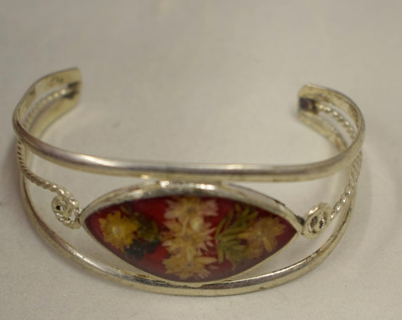 Bracelet Silver Wrist Cuff Assorted Dried Flowers Leaves Vintage Bracelet Handmade Silver Yellow Dried Flowers Cuff Bracelet