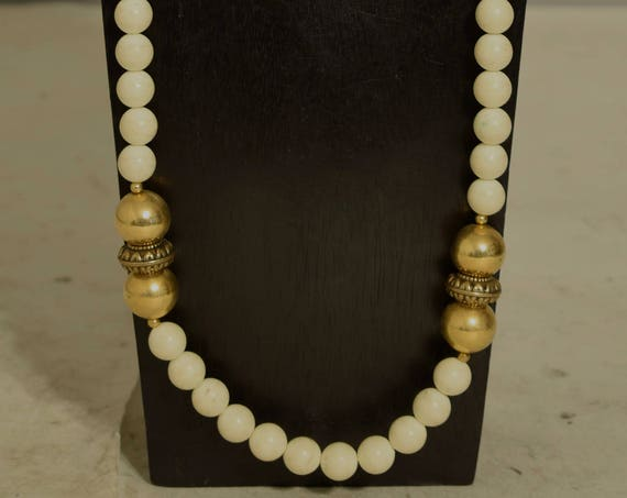 Necklace Gold Beaded White Acrylic Sophisticated Jewelry Long Beaded Necklace