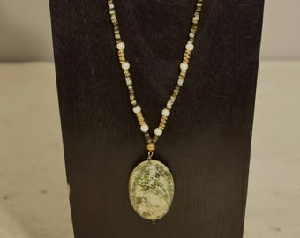 Necklace Green Limpet Shell Pendant Pearl Gold Beaded Handmade Natural Shell Jewelry Necklace