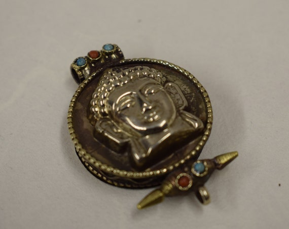 Pendant Silver Buddha Silver Amulet Pendant Tibetan Handmade Pendant Necklace Jewelry Buddha Amlet Box Spiritual Statement Unique