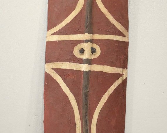 Papua New Guinea Shield Red Wood Mendi Valley Bowmen Shield