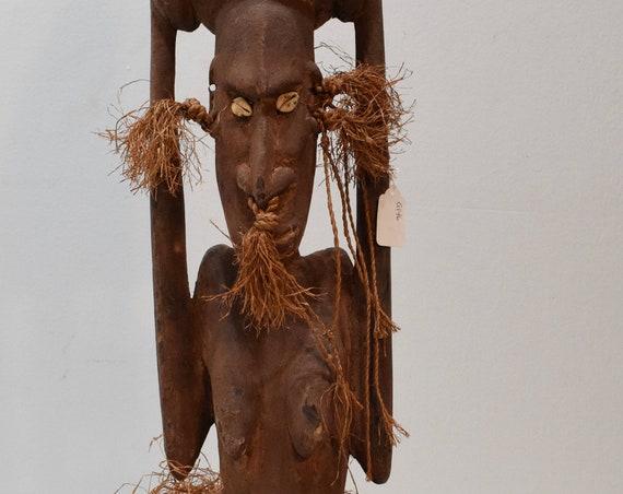 Papua New Guinea Statue Iatmul Kambot Village Female Wood Clay Pot Ancestor Ceremonial Statue