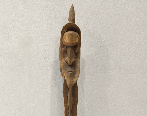 Papua New Guinea Hook Figure Yipwon One Leg