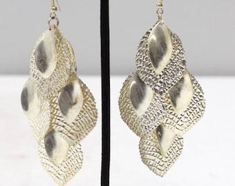 Earrings Oval Leaf Textured Dangle Earring