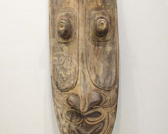 Papu New Guinea Mask Ancestor Spirit Wood Painted Clan Markings Mask