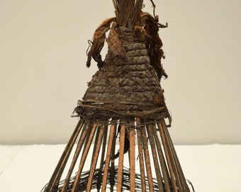 Papua new Guinea May River Black Palm Fiber Hat  Ritual Headdress