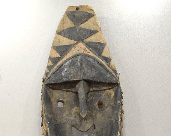 Papua New Guinea Yena Yam Figure