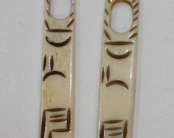 Beads Indonesian Bone Carved Stick Pendant Vintage 80mm