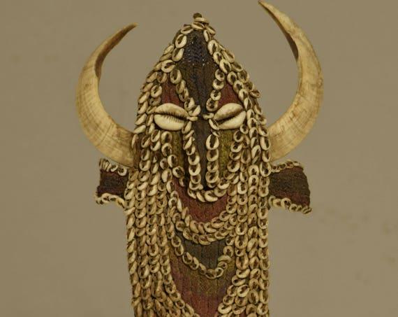 Papua New Guinea Karahut Mouthpiece Abelam Boars Tusk Nassa Shell Ceremonial