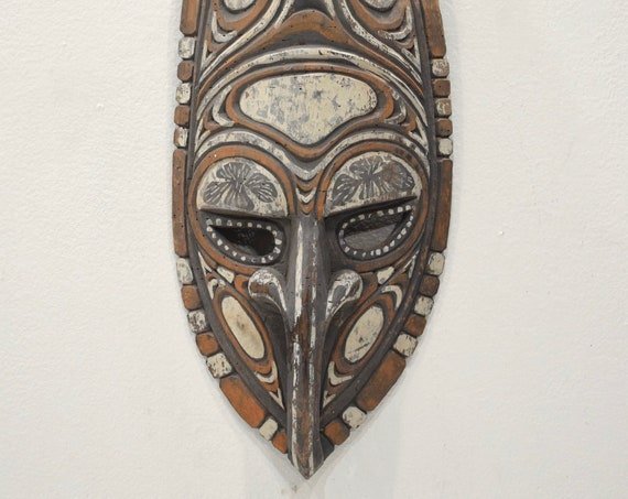 Papu New Guinea Mask Ancestor Spirit Wood Carved Painted Clan Markings Ritual Mask