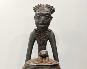 African Statues Bamileke/Bamum Wood Container Statue