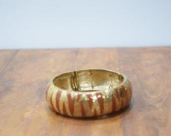Bracelet Rust Gold Enamel Tribal Style Stretch Bracelet