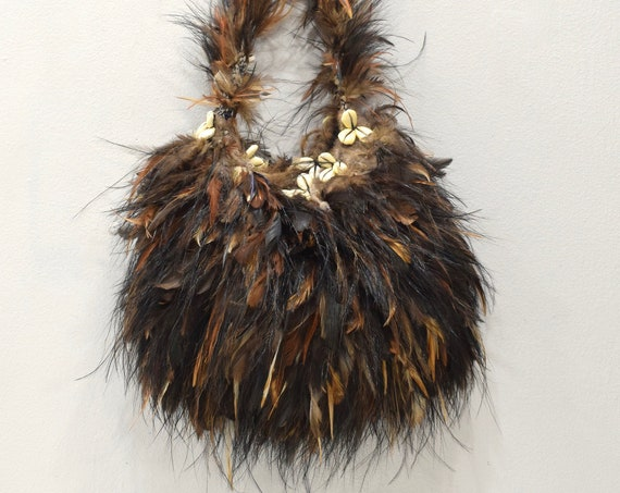 Papua New Guinea Bilum Bag Woven Fiber Chicken Feather Goroka