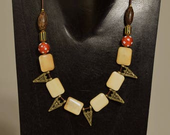Necklace African Red Skunk Beads Bone Brass Pendants Wood Cord Beaded Handmade African Glass Necklace Jewelry