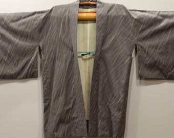 Kimono Japanese Iridescent Gray Kimono