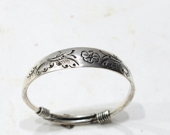 Bracelet Silver Etched Bangle Miao Hill Tribe