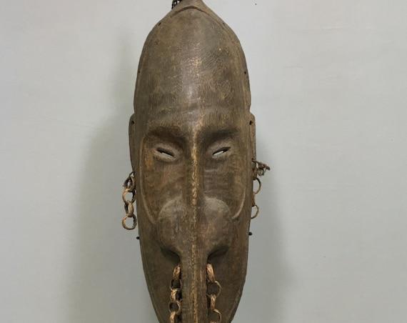 Papua New Guinea Mask Long Nose Ramu River Wood Raffia Chains Long Nose Mask