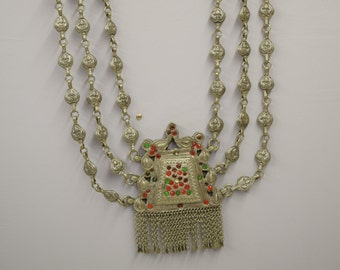 Necklace Triple Strand India Vintage Silver Red Green Glass Necklace
