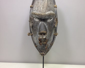 Mask Papua New Guinea Vokeo Islands Dance Mask