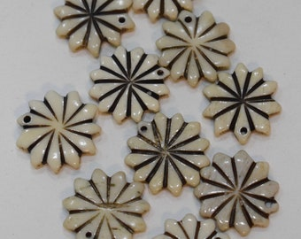Beads Indonesian Bone Carved Flower Vintage Beads 19mm
