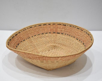 Baskset African Hausa Nigeria Woven Grass Basket