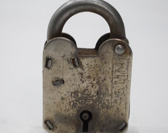 India Lock and Key Old Hand Fordged Metal Padlock Key