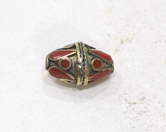 Beads Red Stone Middle Eastern Silver Triangle Beads 20mm