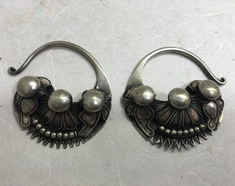 Earrings Silver Miao Hill Tribe Etched Silver Hoop Floral Earrings