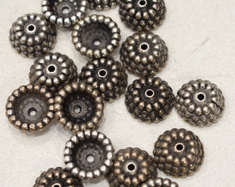 Beads Silver Gold Pebbled Round Bead Caps 17mm