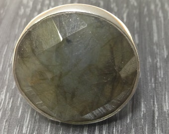Sterling Silver Labradorite Round Faceted Ring