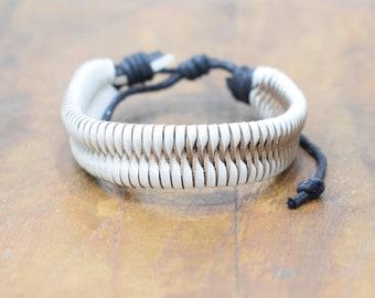 Bracelet Leather White and Beige Chevron Weave Tie Bracelet