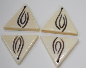 Beads Bone Black White Triangle Pendant Beads 28mm