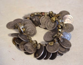 Coins Silver Kuchi Middle East Belly Dancing 40 Lot Silver Crafts Coins