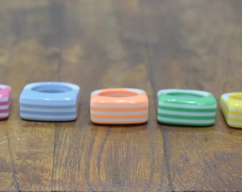 Rings Assorted Colorful Vintage Stripped Lucite Rings