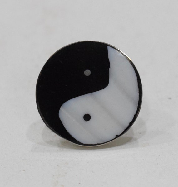 Ring Inlaid Mother of Pearl Silver Ying Yang Adjustable Ring