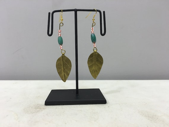 Earrings African Brass Leaf Green Red Glass Earrings Masai Beaded Earrings Handmade Brass Green Chevron Glass Women Earrings Tribal E49