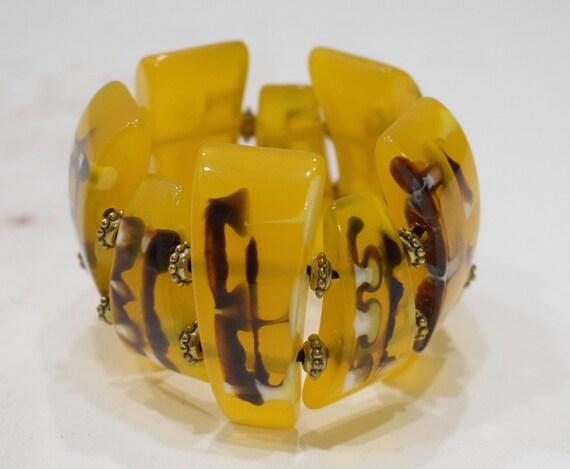 Bracelets Tribal Print Yellow Gold Sectional Stretch Lucite Bracelet