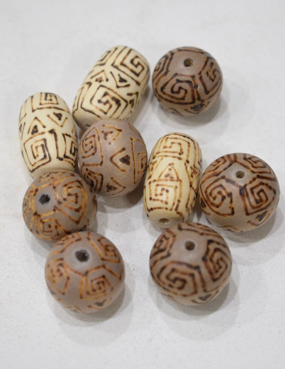 Beads Philippine Assorted Etched Wood Beads 20mm-26mm