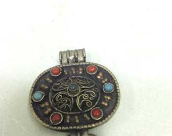 Pendant Silver Amulet Box Turquoise Coral Pendant Handmade Nepal Jewelry Necklaces Amulet Pendants Sacred Spiritual Unique